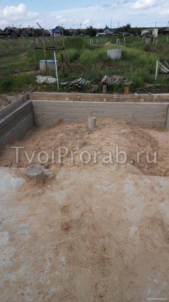 Как залить фундамент под дом бетономешалкой