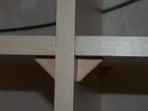 Крепление полок с двух сторон