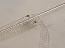 монтаж сетки на потолок