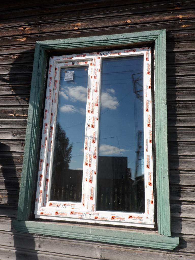 Установка пластикового окна своими руками в деревянном доме