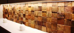 Мозаика из кокоса – весьма интересный материал для отделки стен и тема нашего разговора сегодня. Вашему вниманию информация о том, что представляет из себя мозаика из кокоса и на что следует обратить свое пристальное внимание в процессе ее выбора.